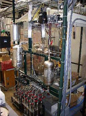 Batch reactor at TU delayed-coker pilot plant.