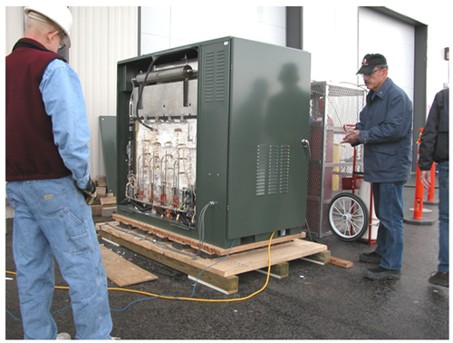 Fuel cell test at INL, demonstrating SOFC operating on diesel fuel during March 2005